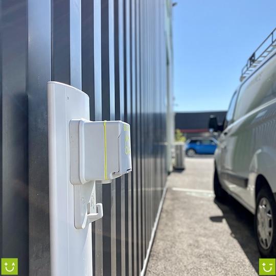 bornes recharge voiture électrique amperiance